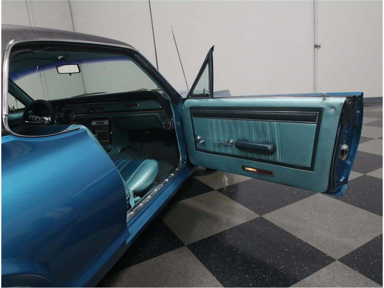 Large Picture of Classic '67 Mercury Cougar Offered by Streetside Classics - Atlanta - M9SJ