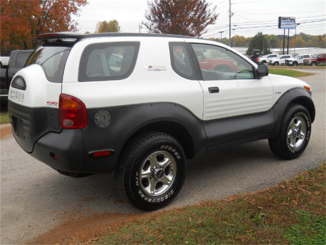 Large Picture of '99 Isuzu Vehicross - $12,950.00 - M9VS