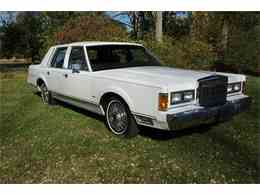 Picture of 1989 Lincoln Town Car located in New Jersey - $7,950.00 - MA1A