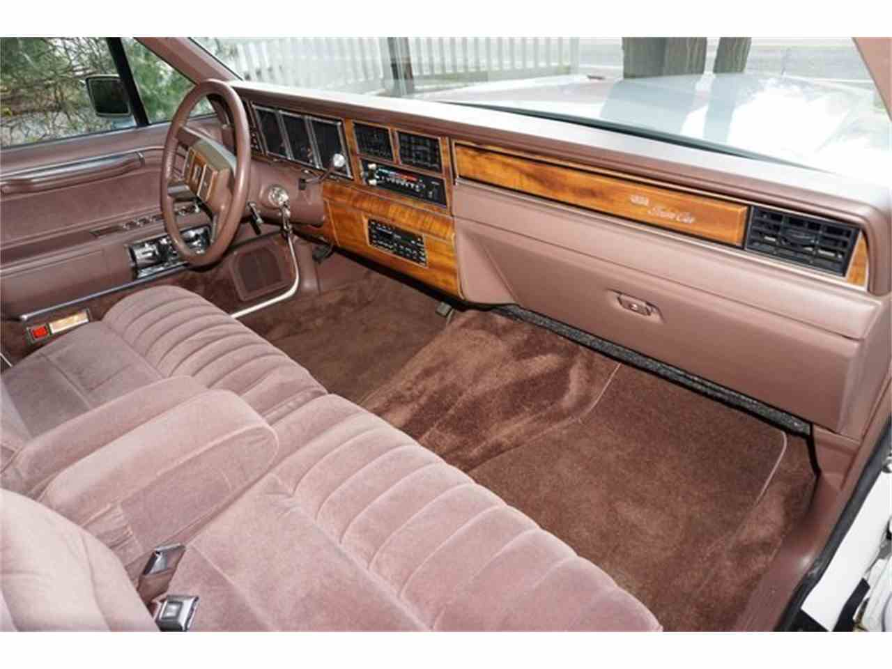 Large Picture of '89 Town Car located in New Jersey Offered by Lance Motors - MA1A