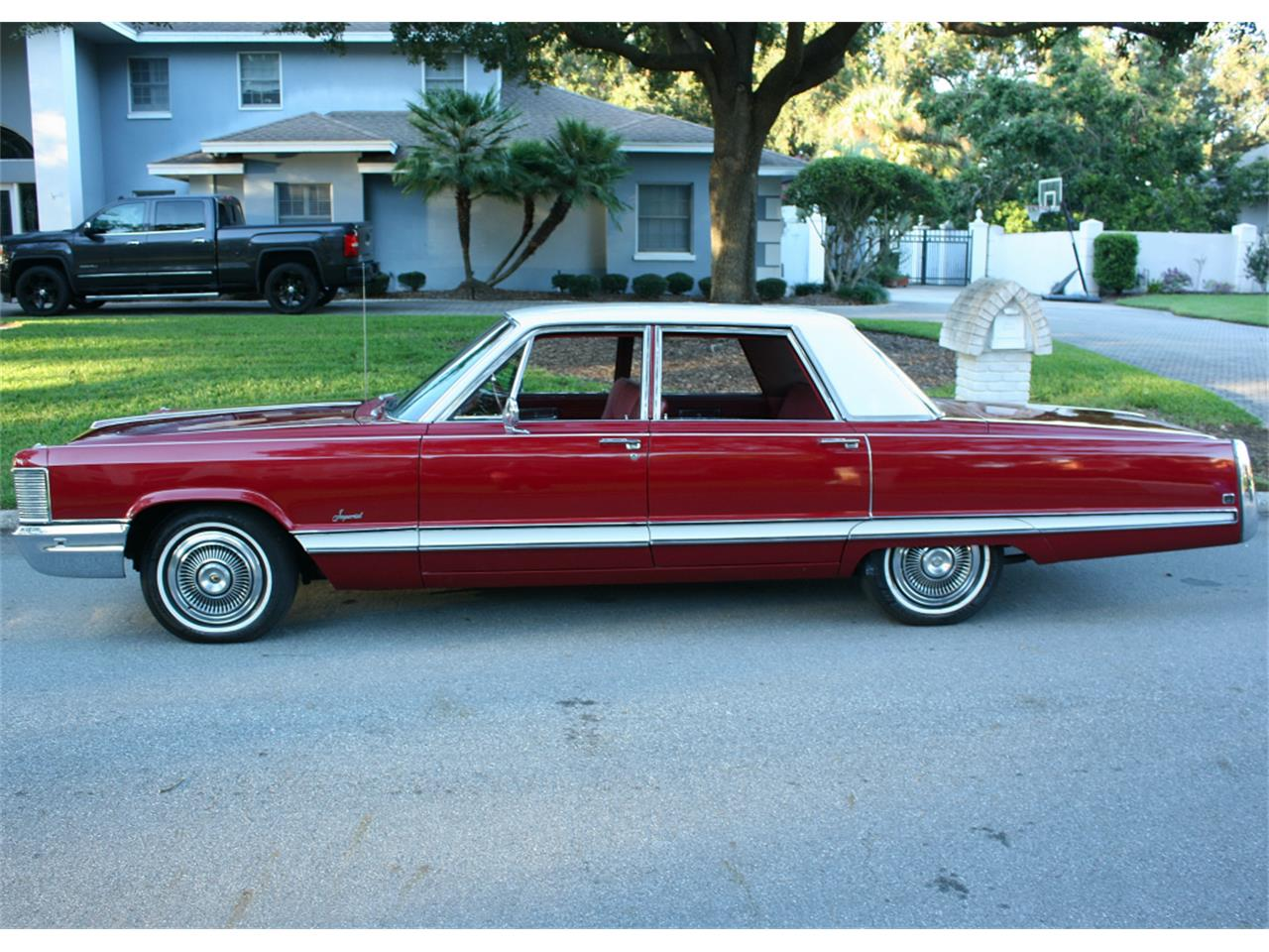 Large Picture of Classic '68 Chrysler Imperial - $16,500.00 - MA1H