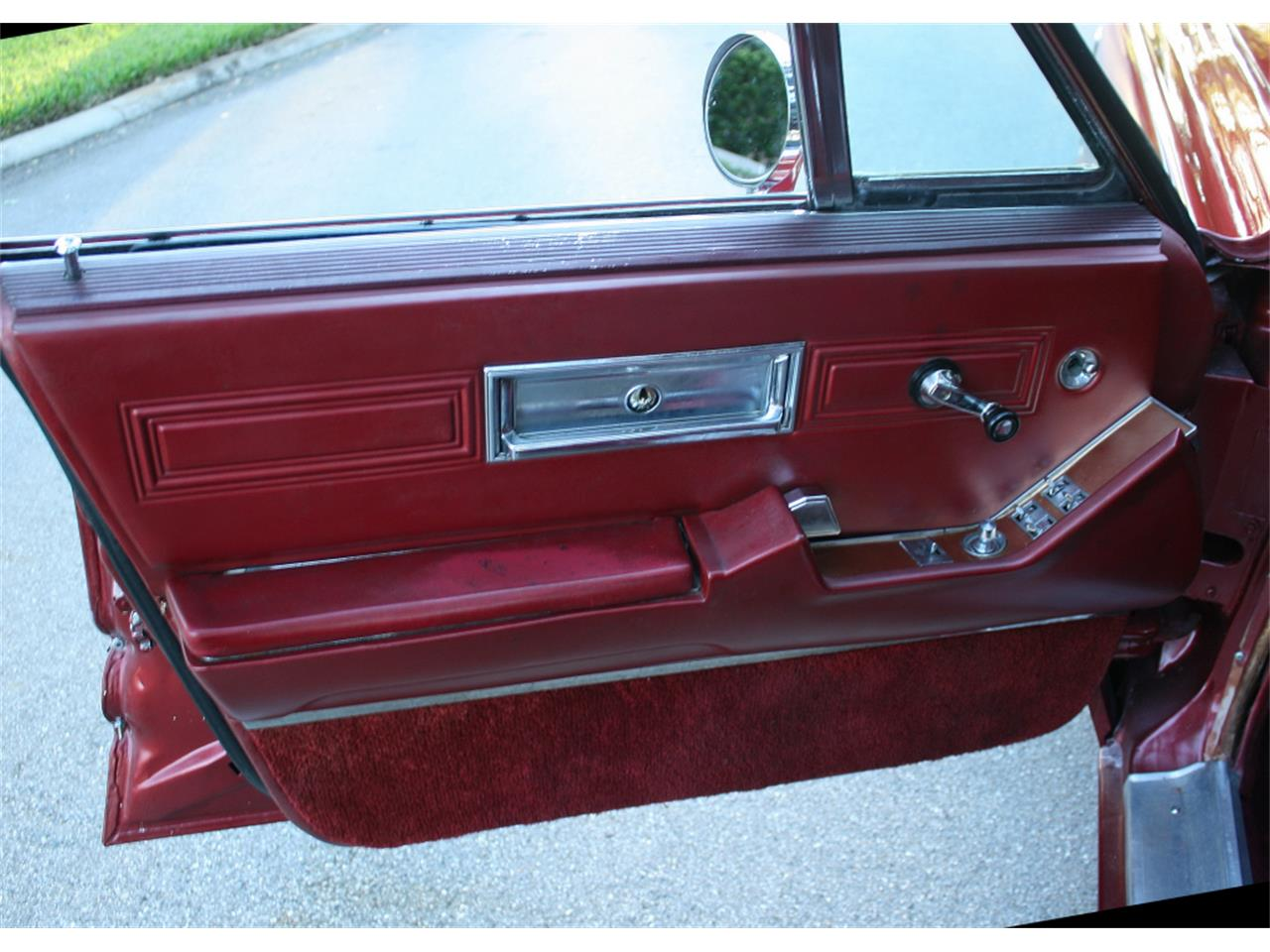 Large Picture of Classic 1968 Imperial - $16,500.00 - MA1H