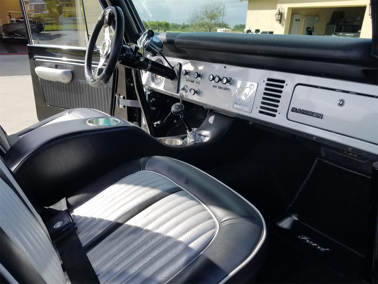 Large Picture of 1977 Bronco located in Sebastian Florida Offered by a Private Seller - MA36