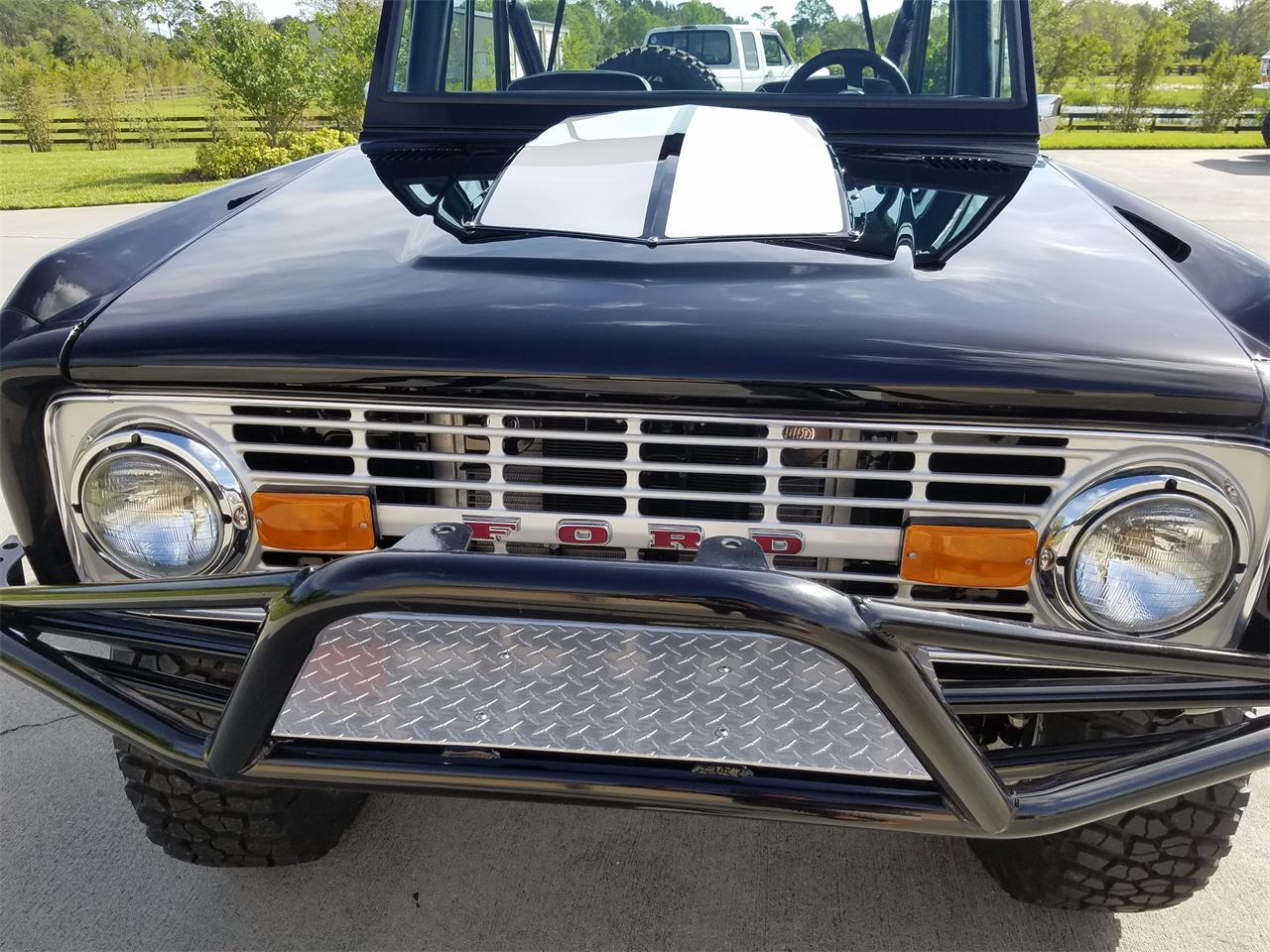 Large Picture of 1977 Bronco - MA36