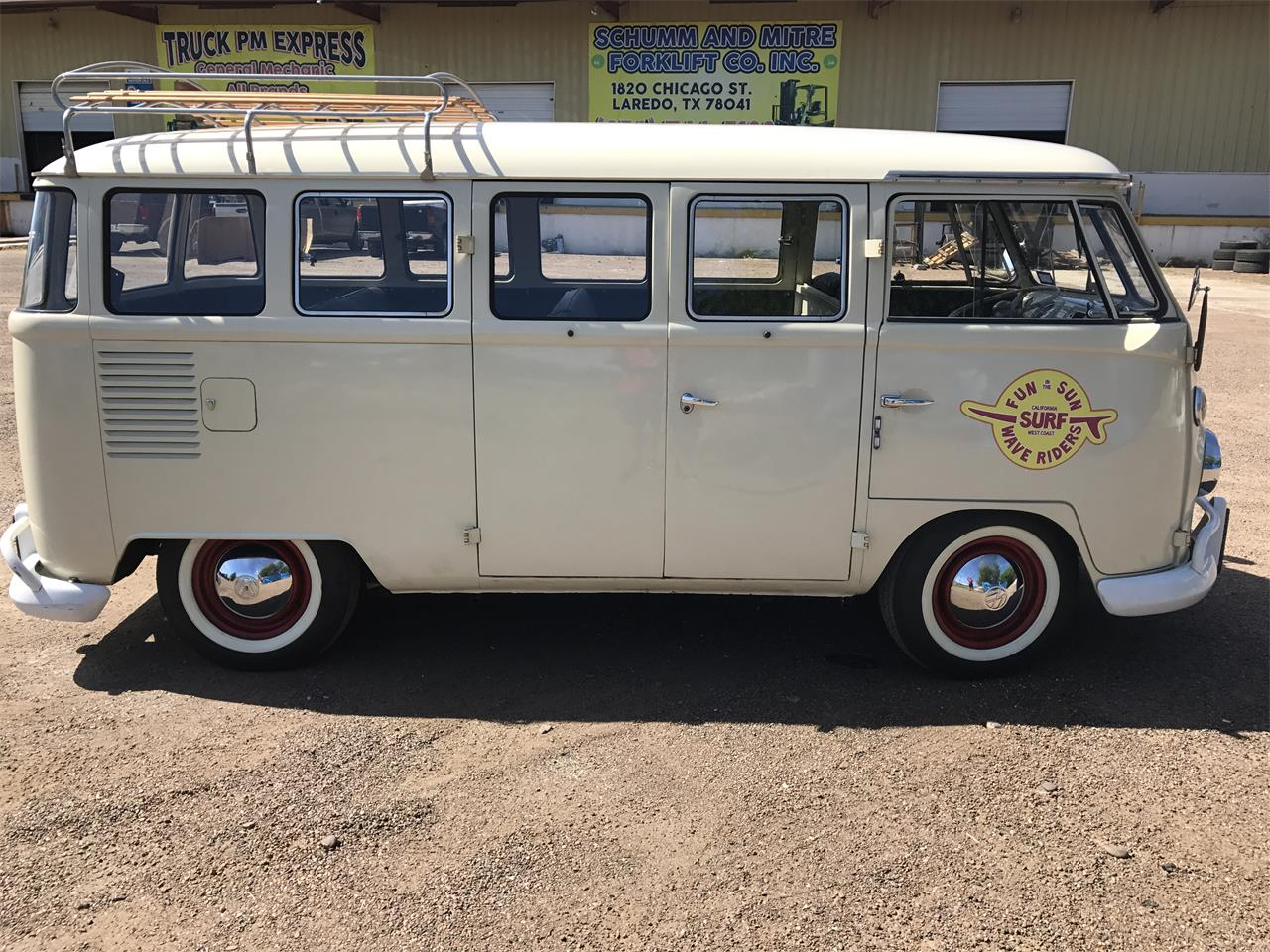 Large Picture of '69 Bus - MA3A
