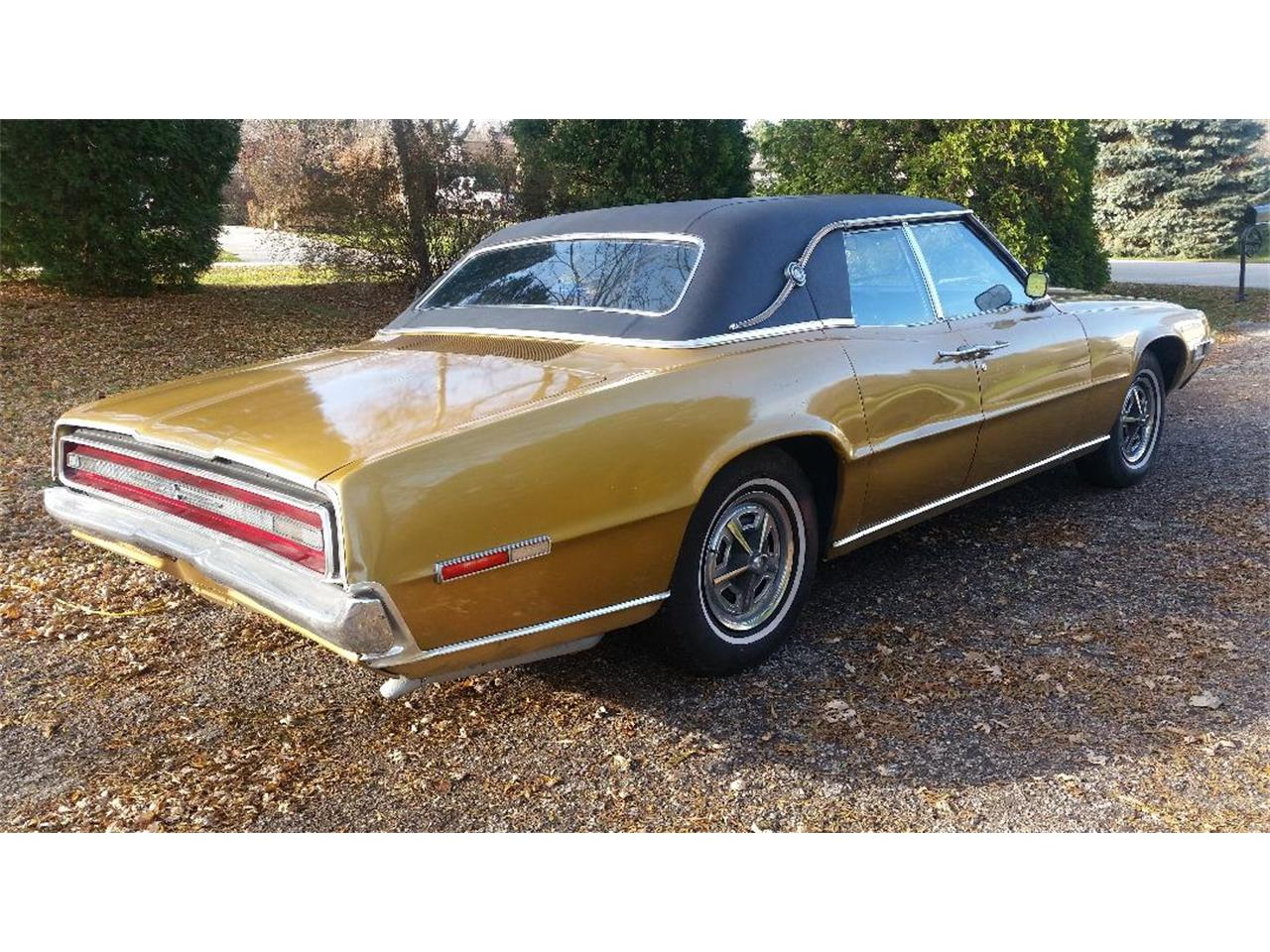 Large Picture of '68 Thunderbird - MAA7