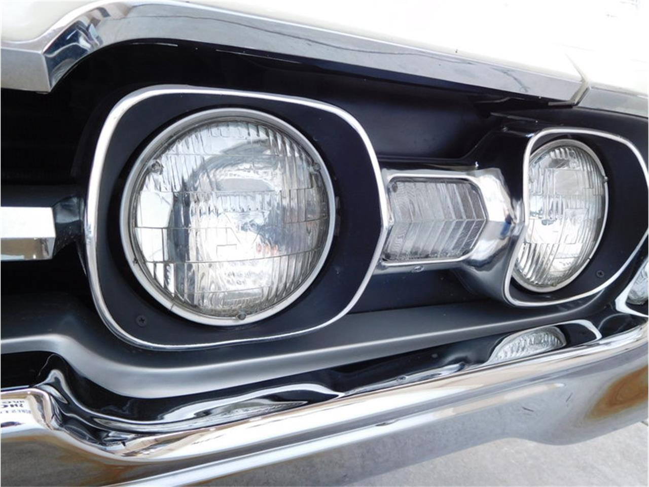 Large Picture of Classic '67 Vista Cruiser - $19,900.00 - MABL