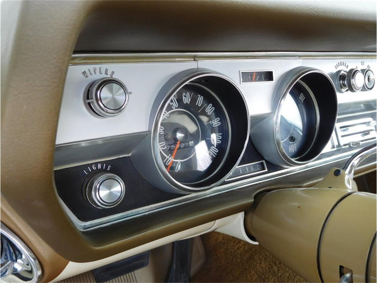 Large Picture of Classic '67 Vista Cruiser - MABL