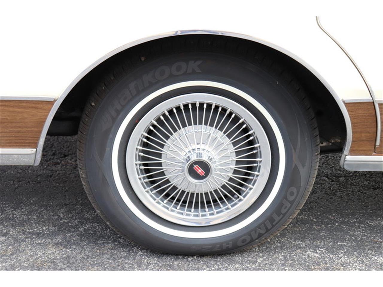 Large Picture of '67 Oldsmobile Vista Cruiser - $19,900.00 Offered by Midwest Car Exchange - MABL