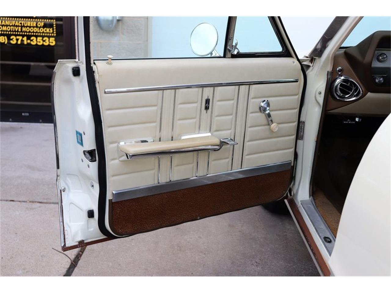 Large Picture of Classic 1967 Vista Cruiser - $19,900.00 Offered by Midwest Car Exchange - MABL