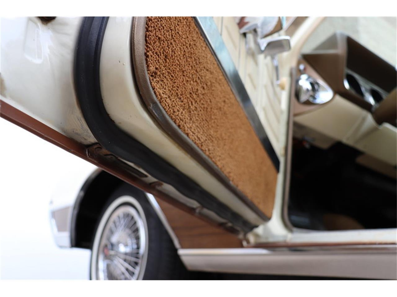 Large Picture of '67 Vista Cruiser located in Illinois - MABL
