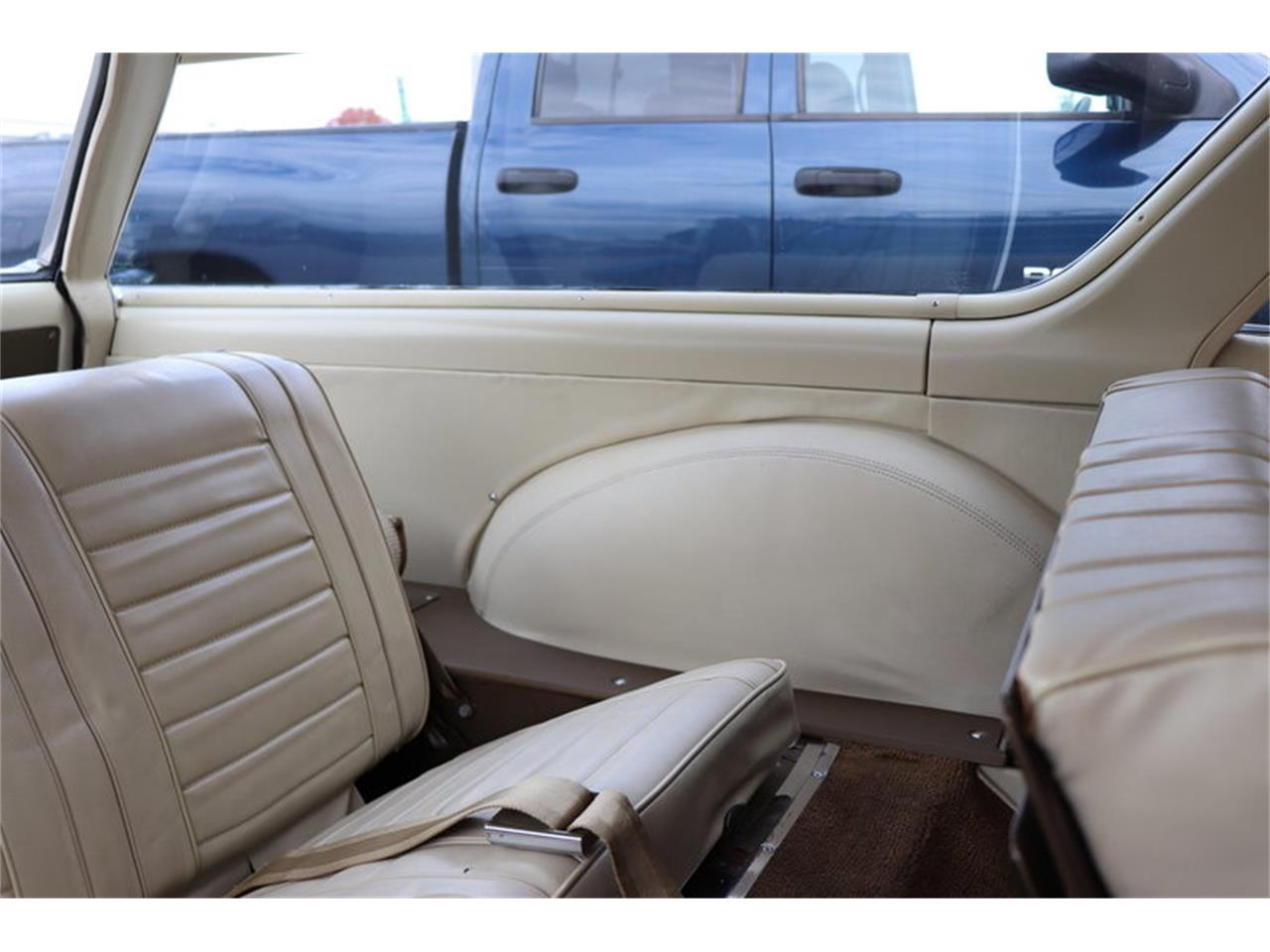 Large Picture of 1967 Vista Cruiser located in Alsip Illinois Offered by Midwest Car Exchange - MABL