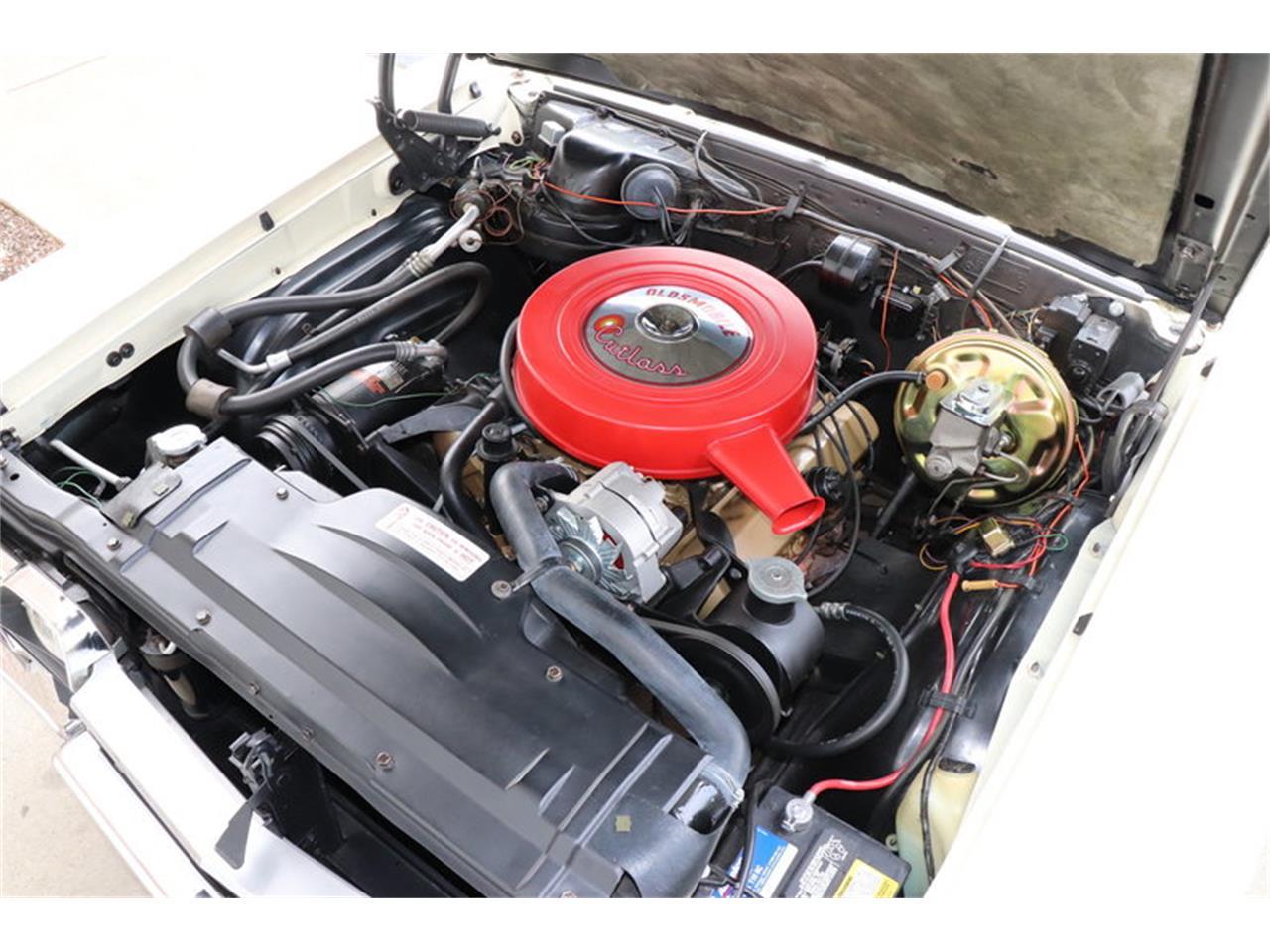 Large Picture of Classic 1967 Oldsmobile Vista Cruiser located in Alsip Illinois - MABL