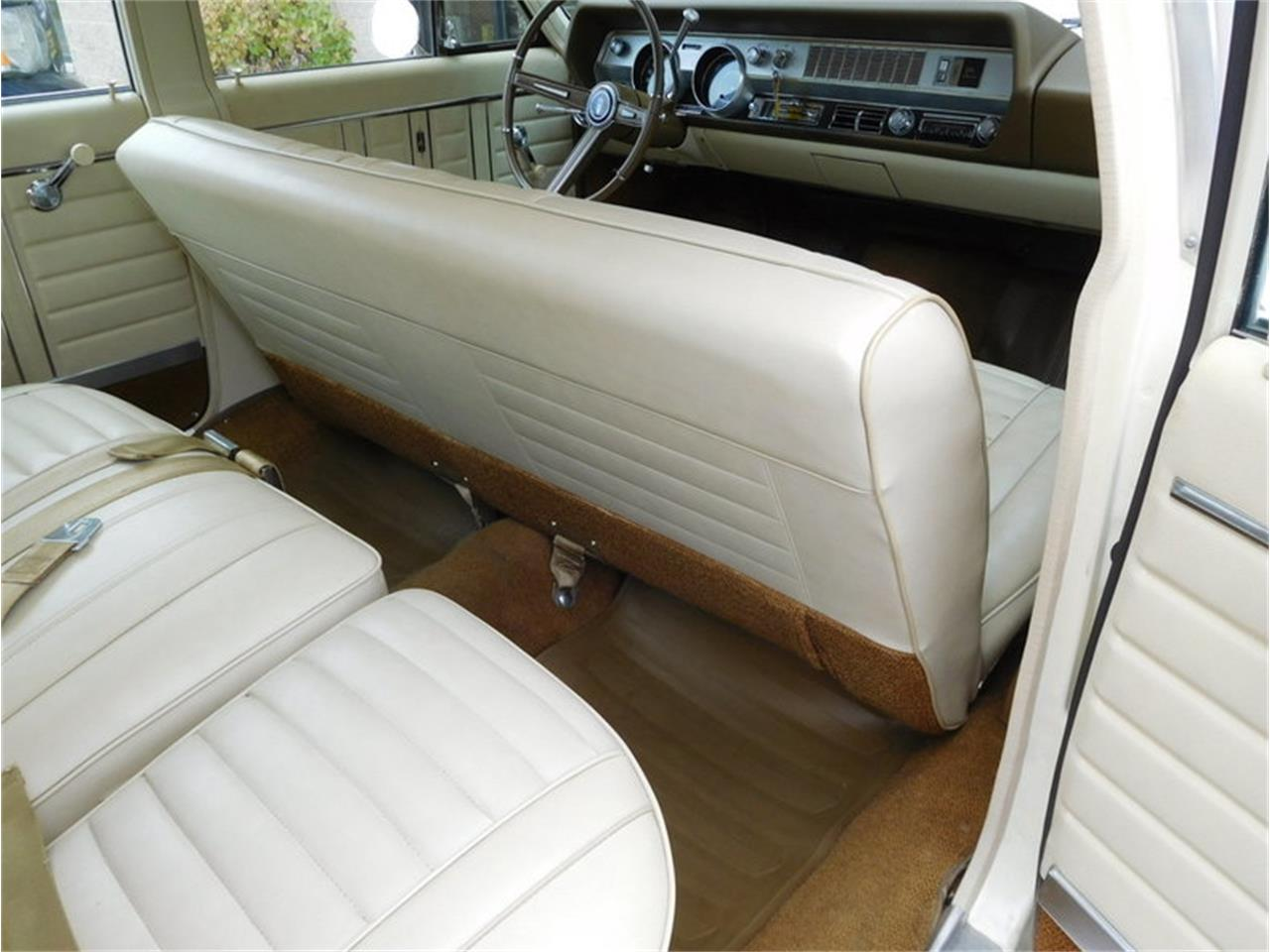 Large Picture of '67 Vista Cruiser located in Illinois - $19,900.00 Offered by Midwest Car Exchange - MABL