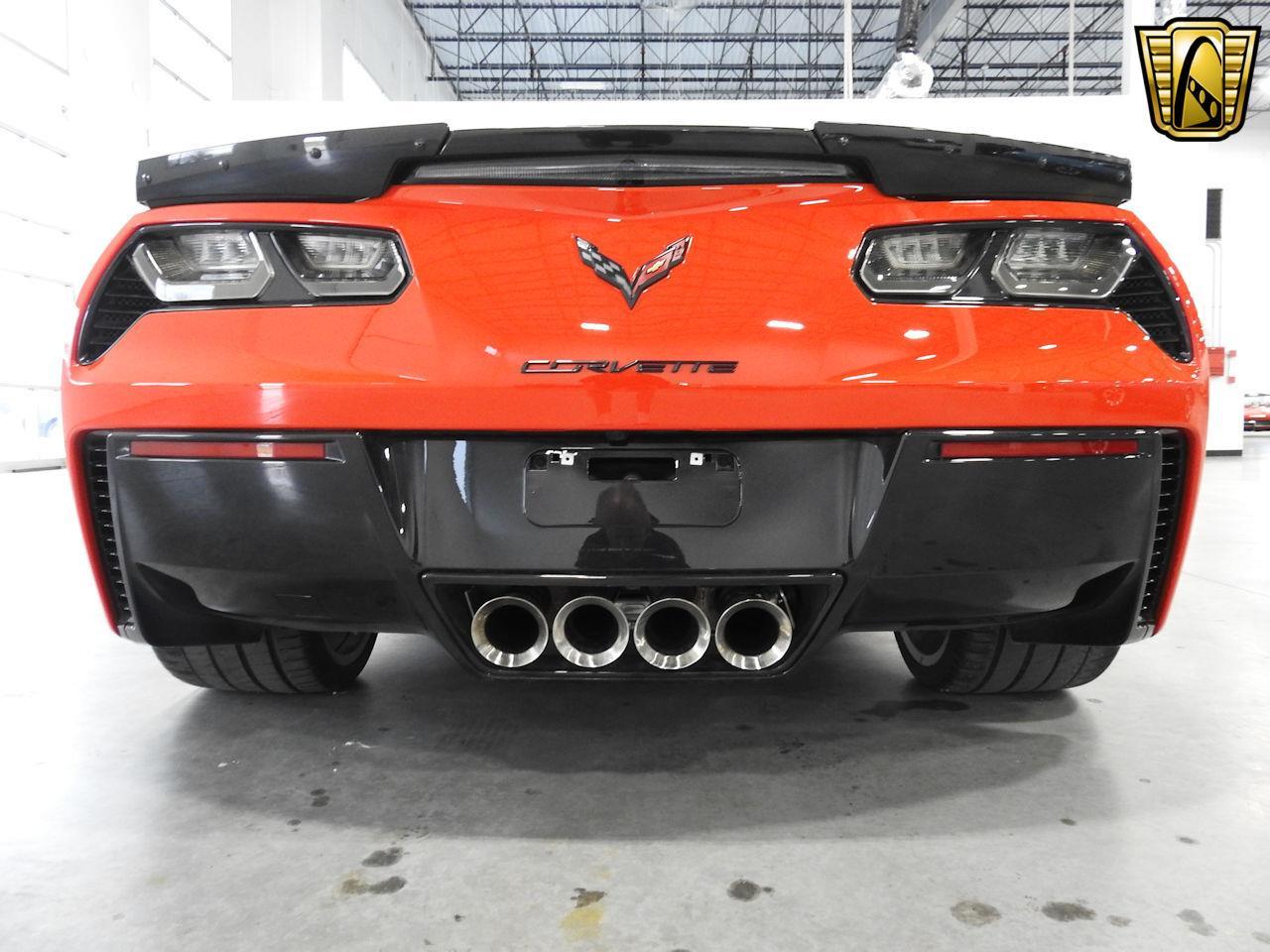 Large Picture of 2015 Chevrolet Corvette located in Kenosha Wisconsin - MAC7