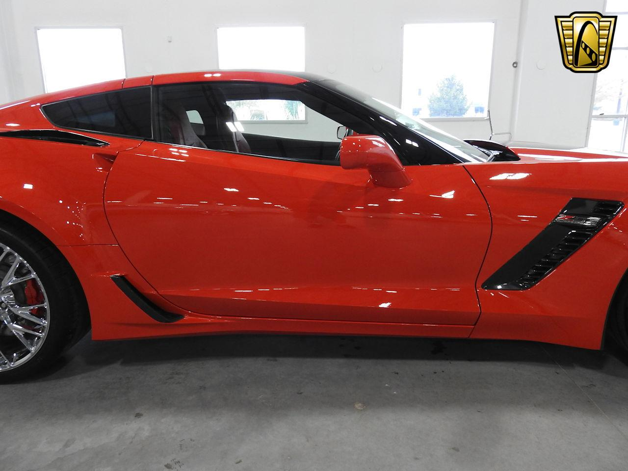 Large Picture of '15 Chevrolet Corvette located in Wisconsin Offered by Gateway Classic Cars - Milwaukee - MAC7
