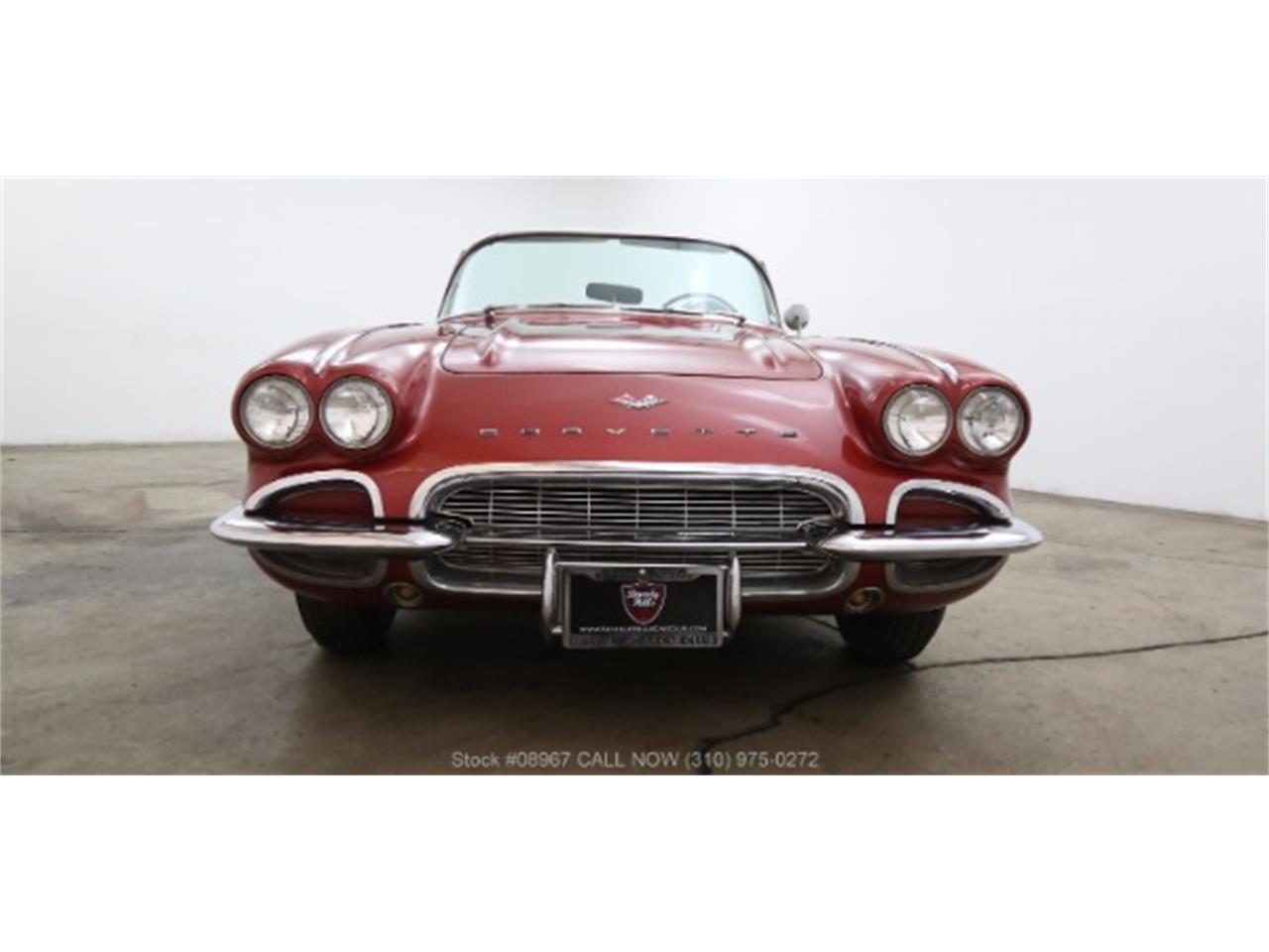 Large Picture of '61 Corvette - MAE7