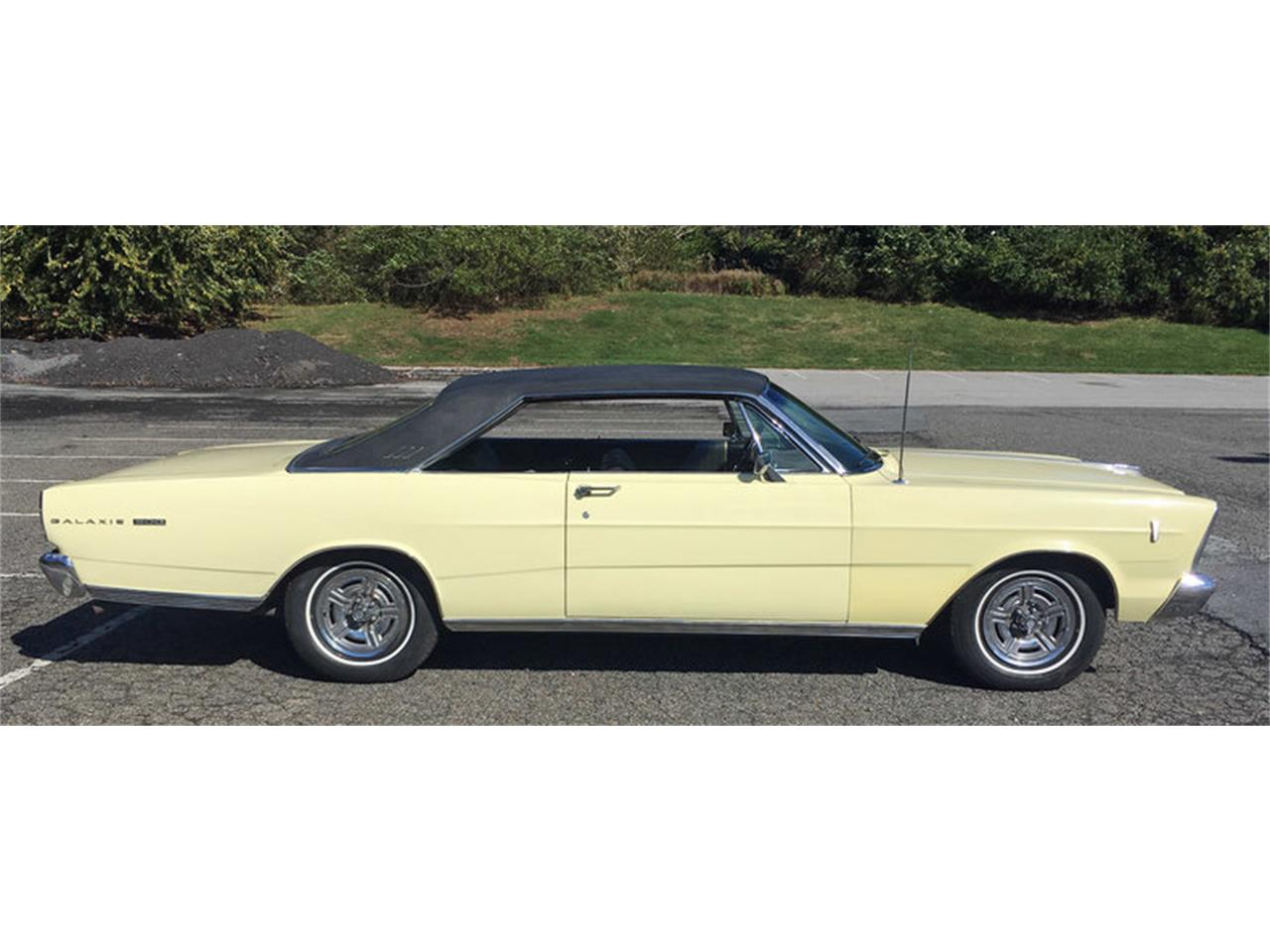 Large Picture of Classic '66 Ford Galaxie 500 - $12,500.00 Offered by Connors Motorcar Company - MAFO