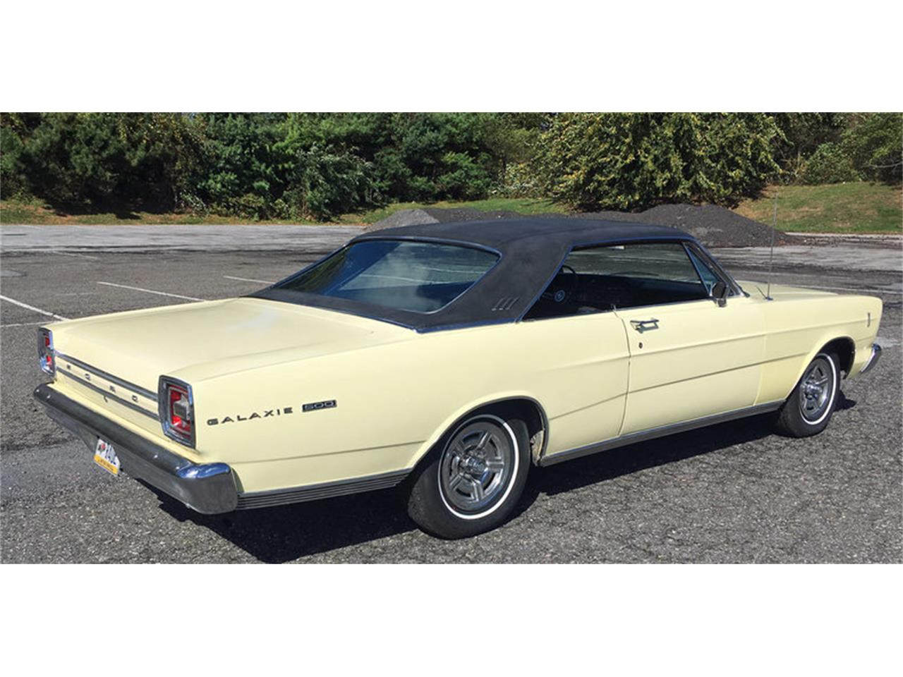Large Picture of Classic 1966 Ford Galaxie 500 located in Pennsylvania Offered by Connors Motorcar Company - MAFO