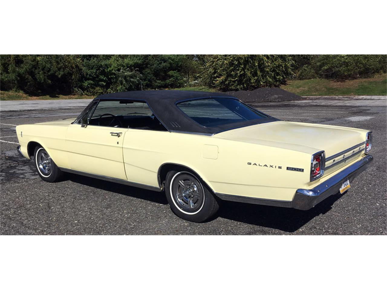 Large Picture of '66 Ford Galaxie 500 located in Pennsylvania Offered by Connors Motorcar Company - MAFO