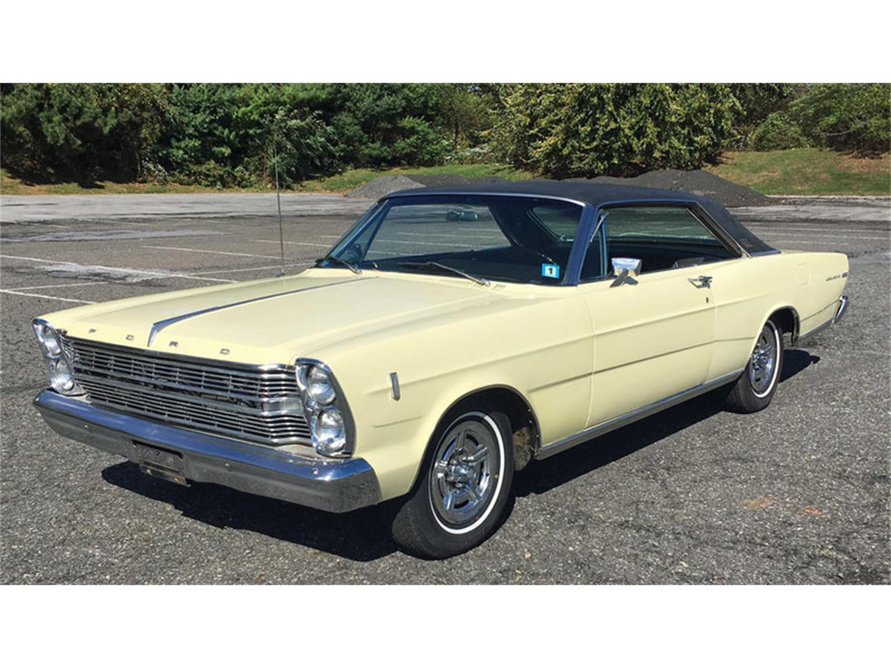 Large Picture of Classic '66 Ford Galaxie 500 located in Pennsylvania Offered by Connors Motorcar Company - MAFO