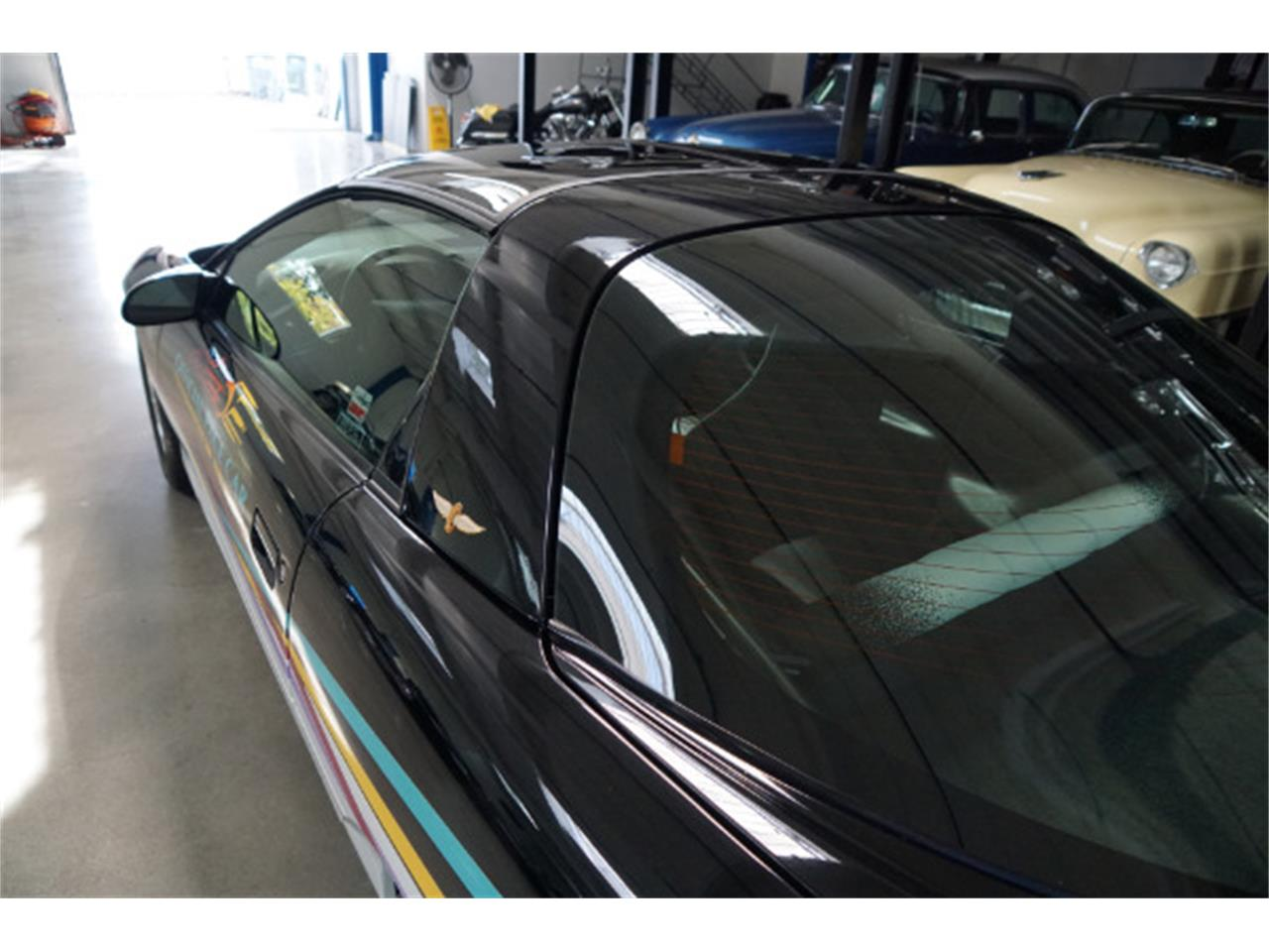 Large Picture of '93 Camaro Z28 - MAG0