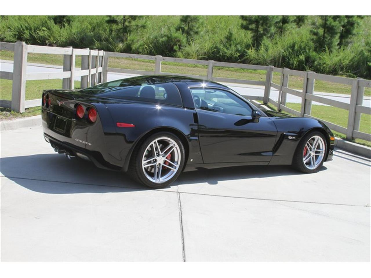 Large Picture of '07 Chevrolet Corvette Z06 located in Florida - $46,000.00 Offered by Motor City Classic Cars - MAJO