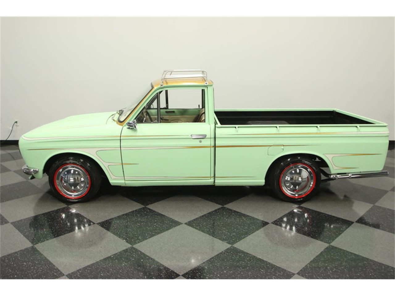 Large Picture of Classic '72 1600 520 Pickup - MB90
