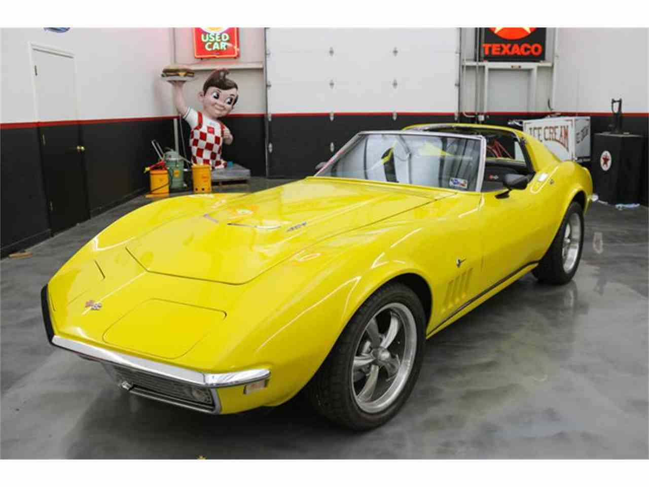 Large Picture of '68 Corvette - MB9U
