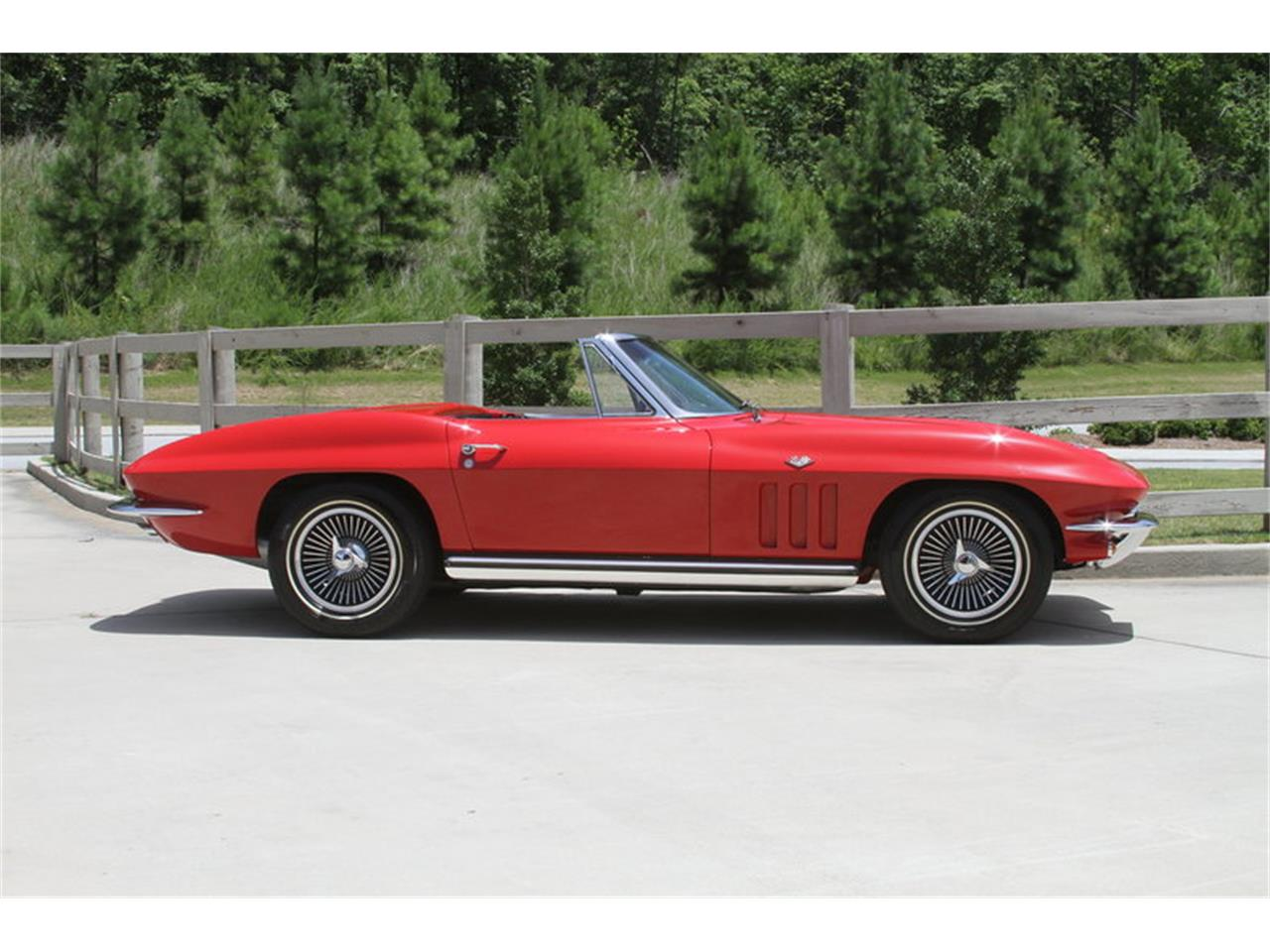 Large Picture of '65 Chevrolet Corvette located in Vero Beach Florida - $67,000.00 Offered by Motor City Classic Cars - MAK8