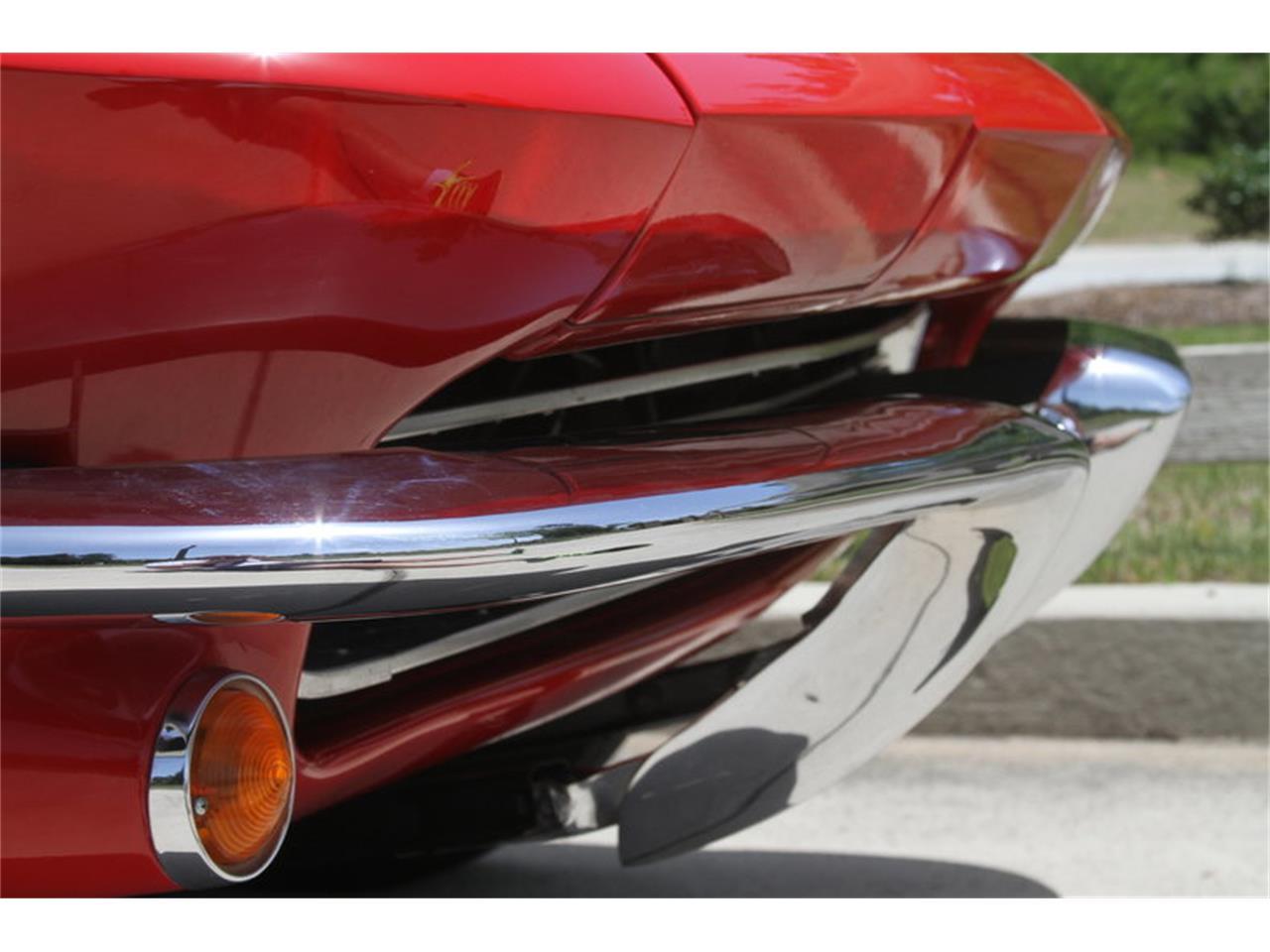 Large Picture of Classic 1965 Corvette - MAK8