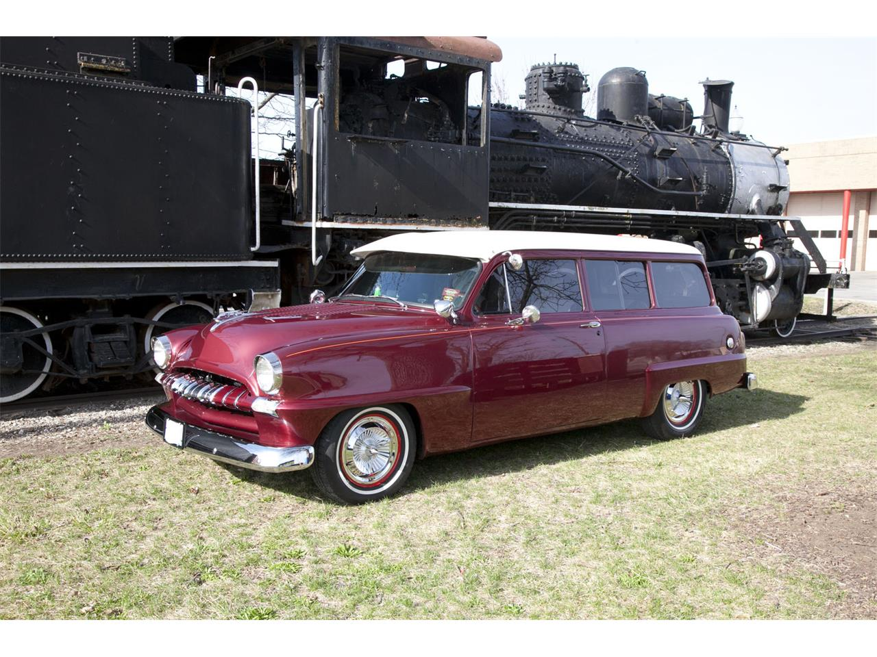 Large Picture of '53 Plymouth Suburban - MAKJ