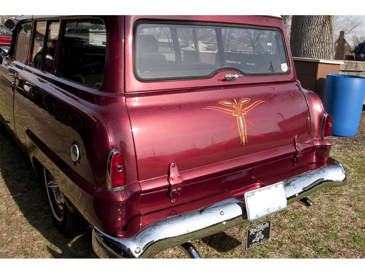Large Picture of 1953 Plymouth Suburban - MAKJ