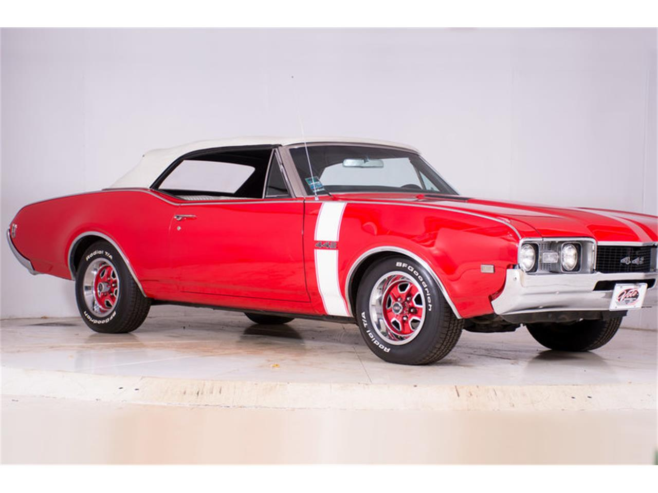 Large Picture of '68 442 located in Volo Illinois - $37,998.00 Offered by Volo Auto Museum - MBHG