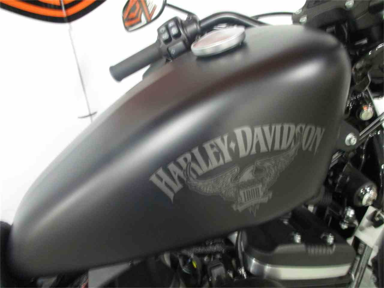 Large Picture of '17 XL883N - Iron 883™ - MBHH