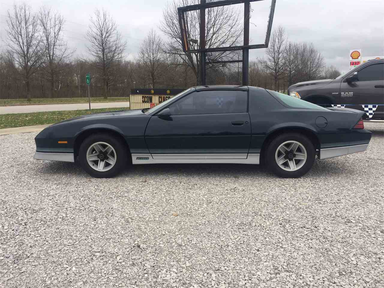 Large Picture of '85 Camaro - MBJ9