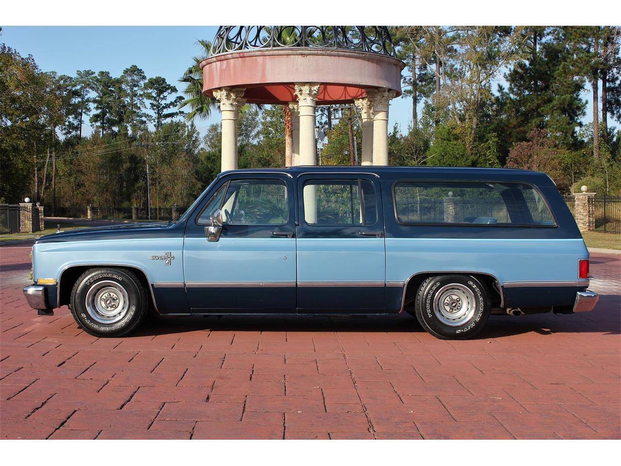Large Picture of 1987 Suburban located in Conroe Texas - $14,900.00 - MBK7