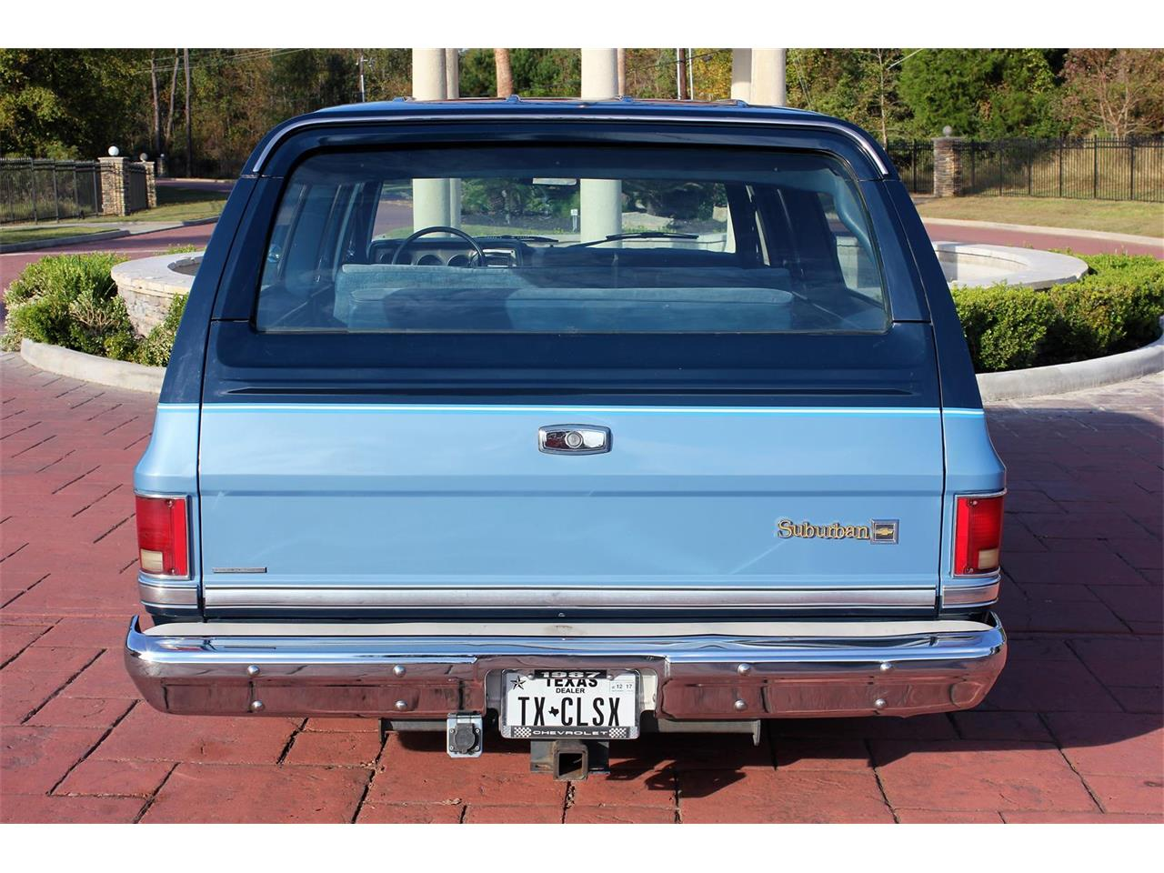 Large Picture of 1987 Suburban located in Texas - $14,900.00 - MBK7