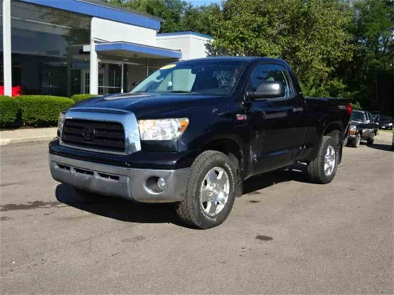 Large Picture of '08 Toyota Tundra located in Ohio Offered by Cincinnati Auto Wholesale - MBKP