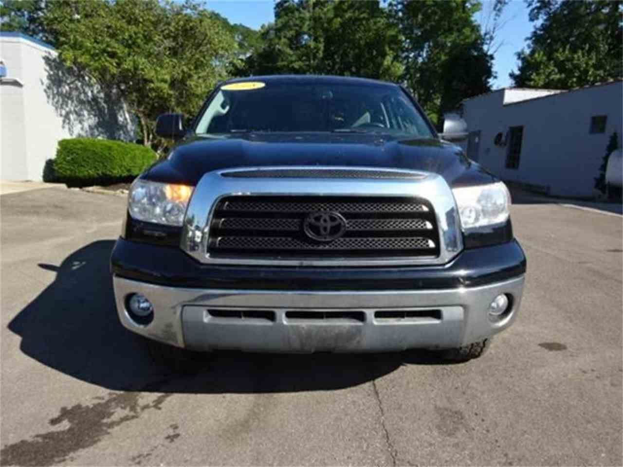 Large Picture of '08 Toyota Tundra located in Loveland Ohio Offered by Cincinnati Auto Wholesale - MBKP