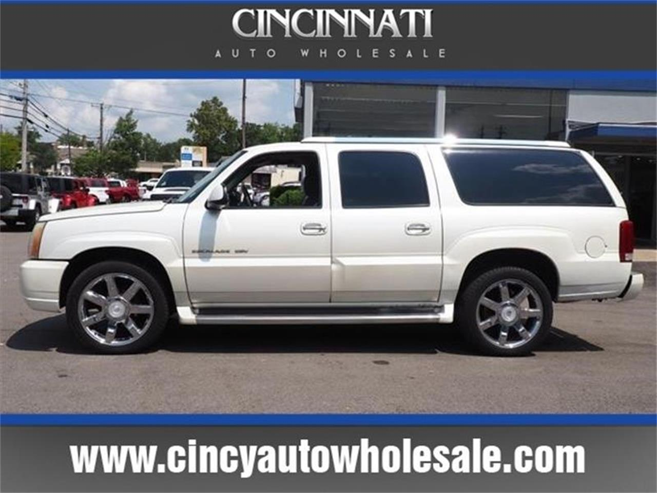 Large Picture of '03 Escalade located in Loveland Ohio - $3,000.00 Offered by Cincinnati Auto Wholesale - MBL6