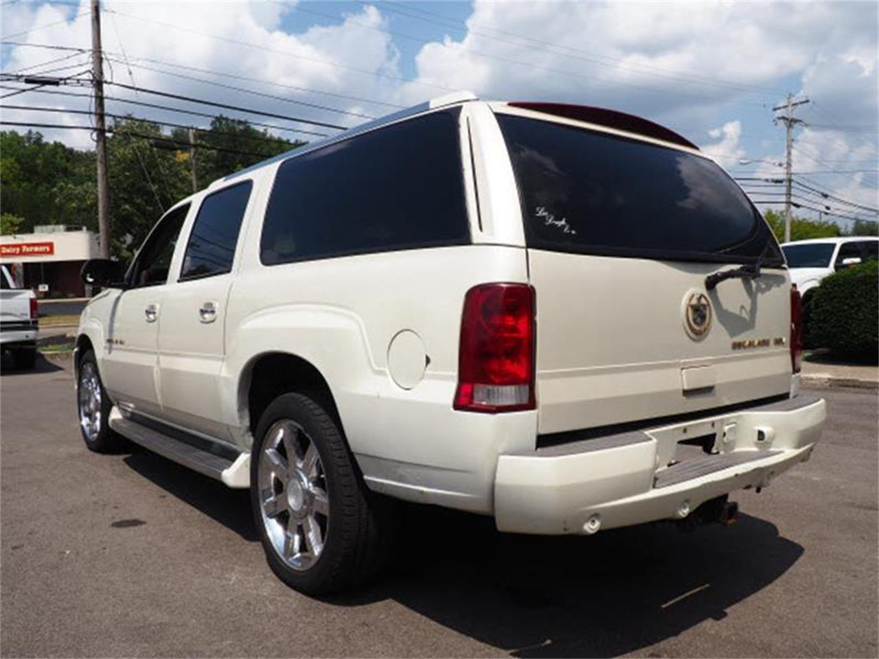 Large Picture of 2003 Escalade located in Ohio - $3,000.00 Offered by Cincinnati Auto Wholesale - MBL6