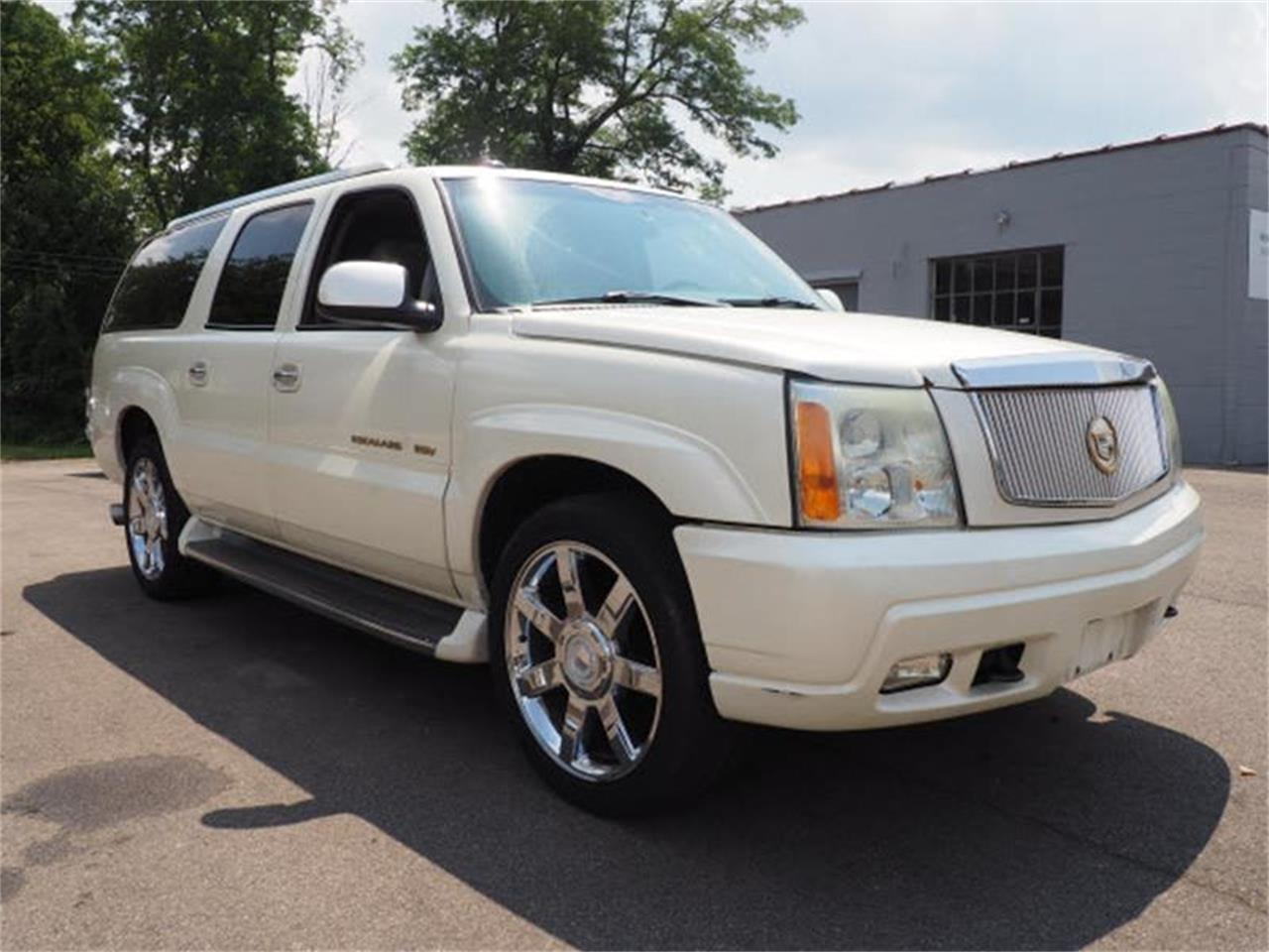 Large Picture of 2003 Escalade located in Ohio - $3,000.00 - MBL6
