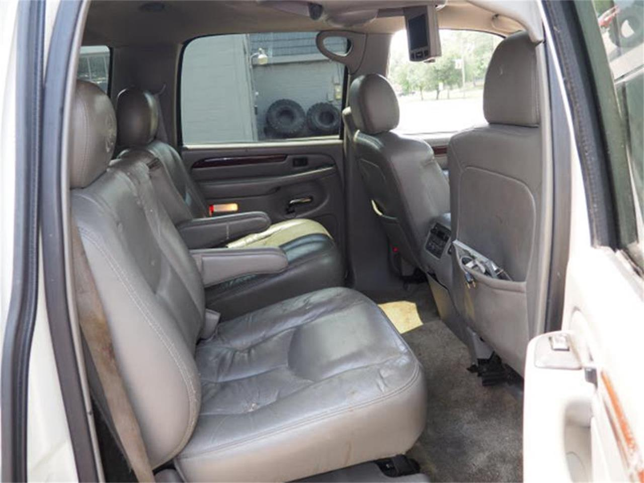 Large Picture of '03 Cadillac Escalade located in Ohio - MBL6