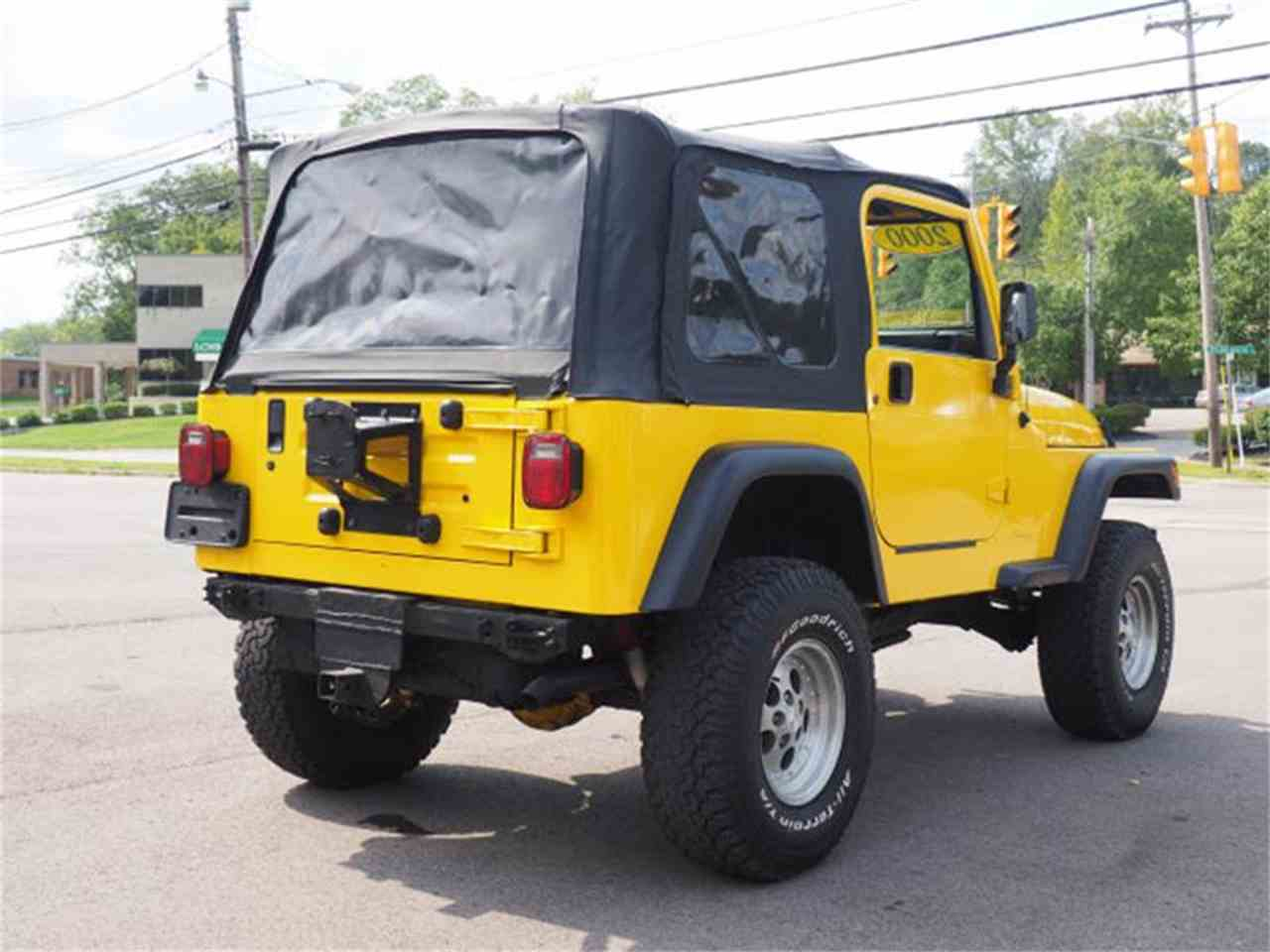 Large Picture of 2000 Jeep Wrangler located in Ohio - $6,995.00 - MBLA