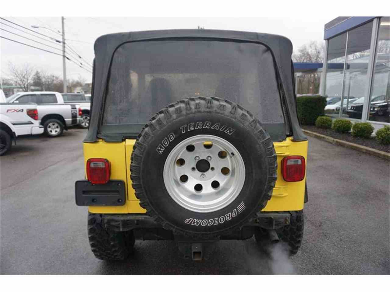 Large Picture of '00 Jeep Wrangler located in Ohio - $6,995.00 - MBLA