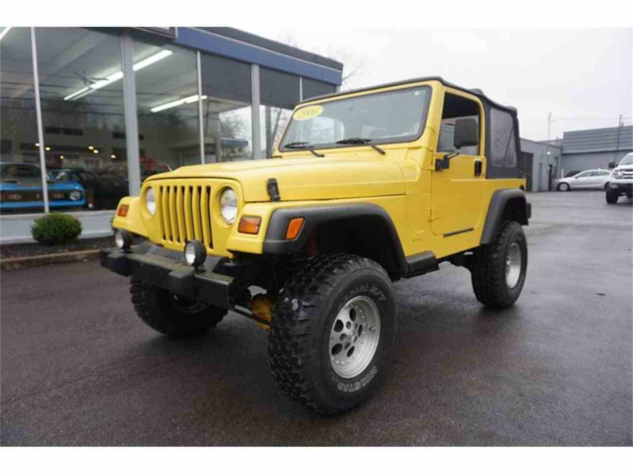 Large Picture of '00 Wrangler - $6,995.00 Offered by Cincinnati Auto Wholesale - MBLA