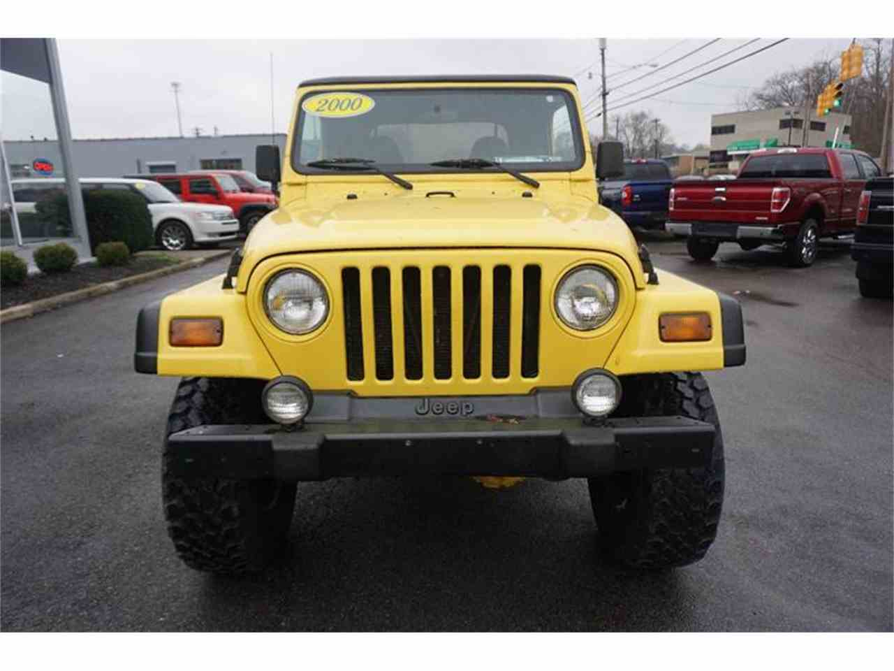 Large Picture of 2000 Jeep Wrangler located in Ohio Offered by Cincinnati Auto Wholesale - MBLA