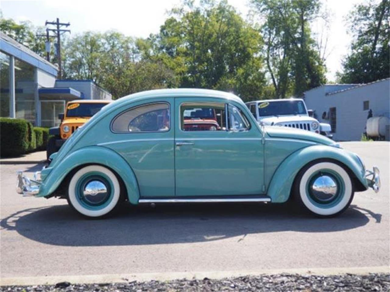 Large Picture of Classic '61 Volkswagen Beetle Offered by Cincinnati Auto Wholesale - MBMH