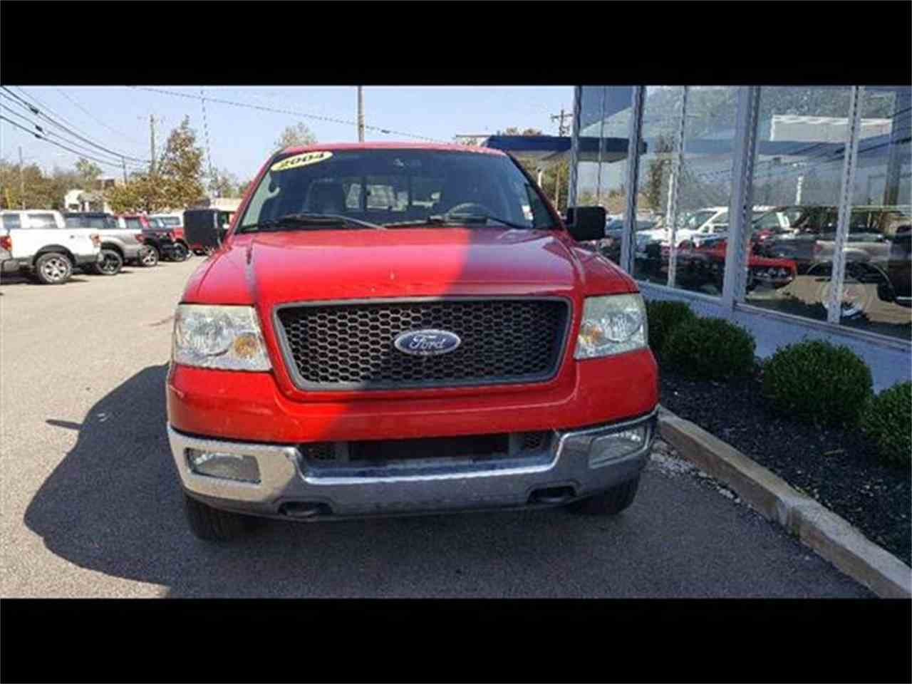 Large Picture of '04 Ford F150 located in Loveland Ohio - $6,400.00 Offered by Cincinnati Auto Wholesale - MBNE